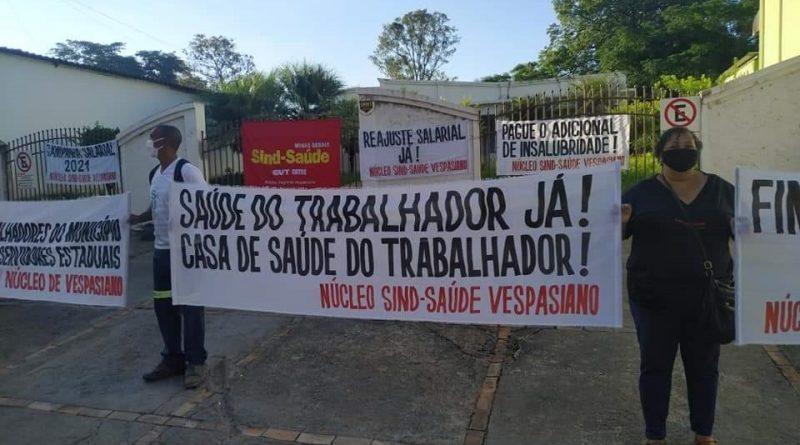 Sind-Saúde lança campanha salarial em Vespasiano para mobilizar categoria
